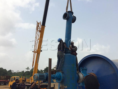 making fuel from plastic waste machine instillation