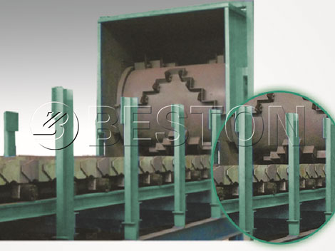 Uniform material spreader