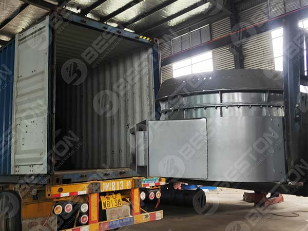 End Enclosure of Feeding and Discharging